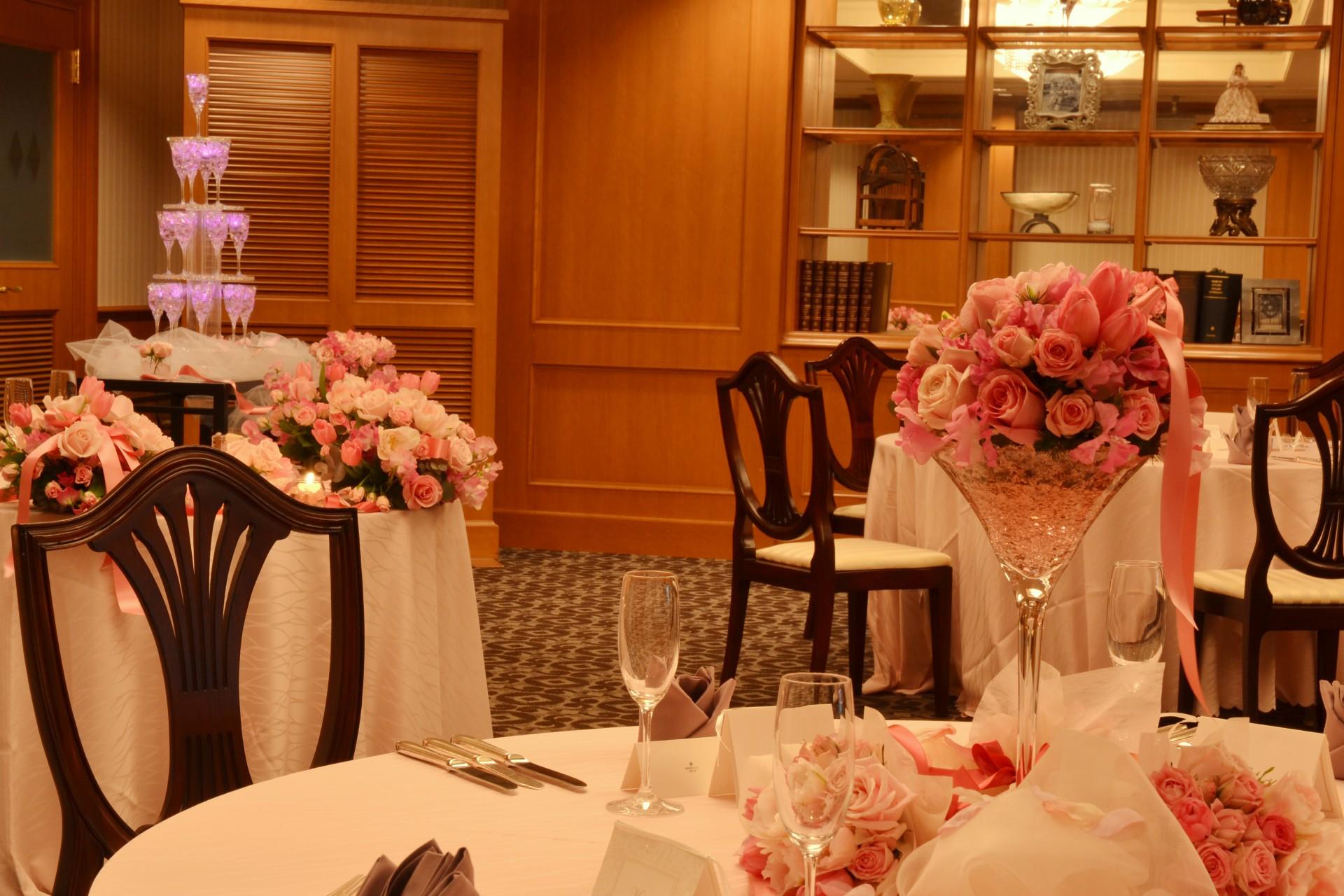 レンブラントホテル厚木で人気の邸宅風パーティルーム「アンシャンテ」